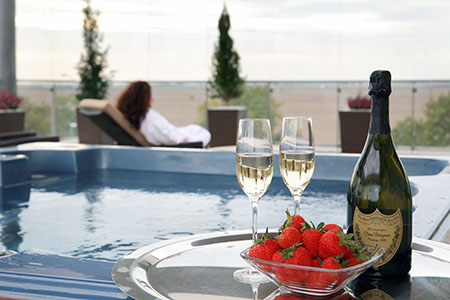 accommodation packages Bratislava romantic weekend