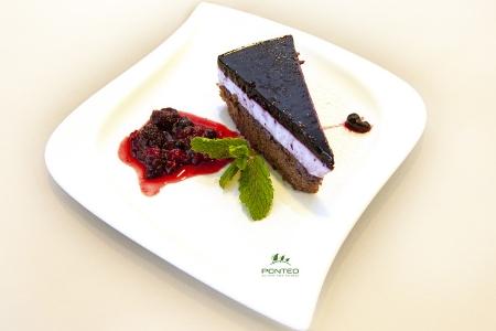 Tvarohovo-čučoriedková torta s ovocným želé