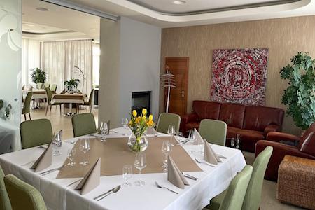 salónik 1 Reštaurácia Ponteo