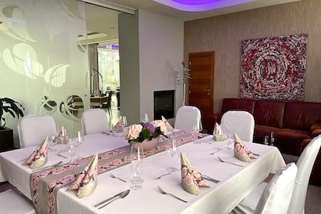 Salónik Gerulata reštaurácia Ponteo